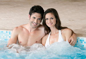 Hot tub couple relys on reviews